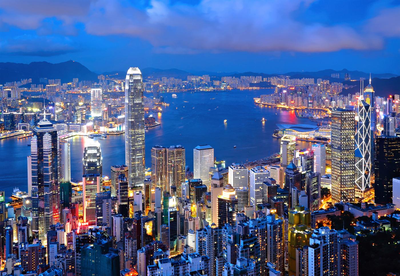 Hong-Kong-at-night